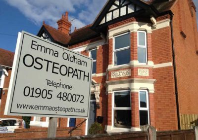 Emma-Oldham-Sign-e1464192342478